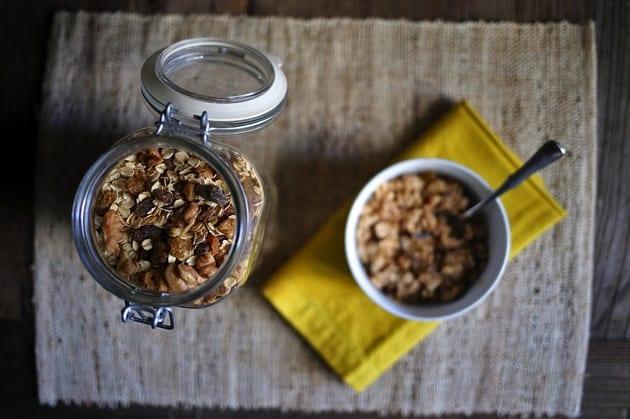 Easy Raisin Spice Oatmeal Mix 4