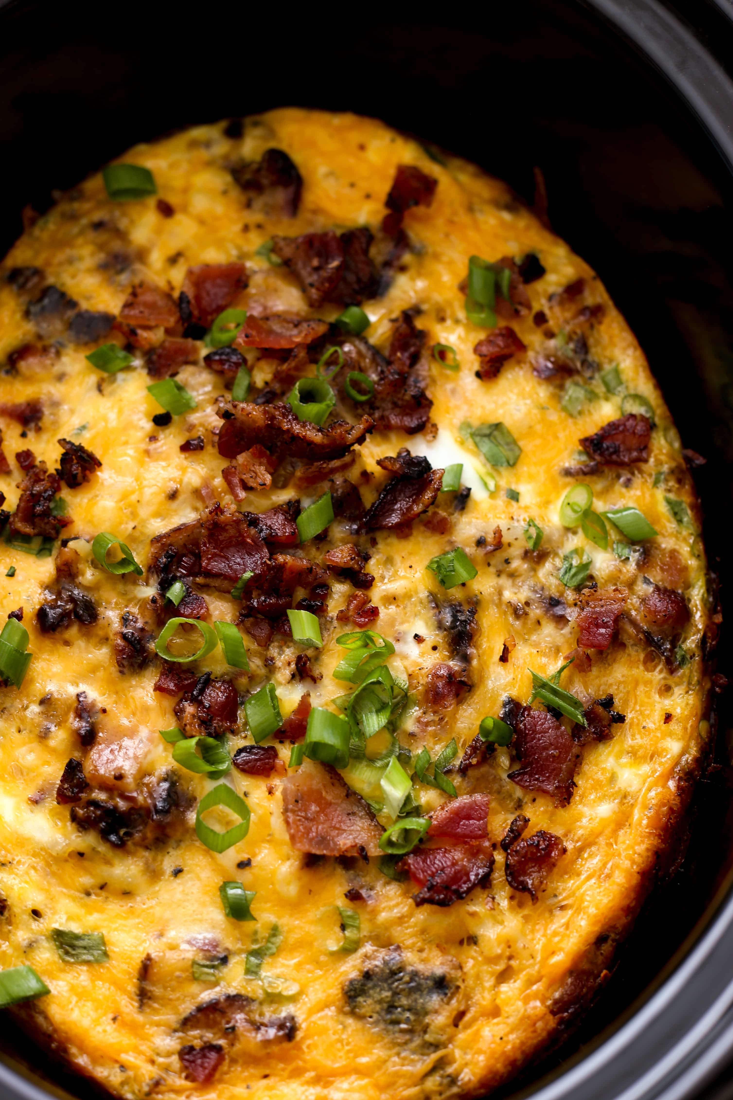 With Video Tutorial! ~ Loaded with bountiful veggies, this hearty egg bake is deliciously satisfying, without weighing you down! Unlike many recipes, this egg casserole is made without bread.