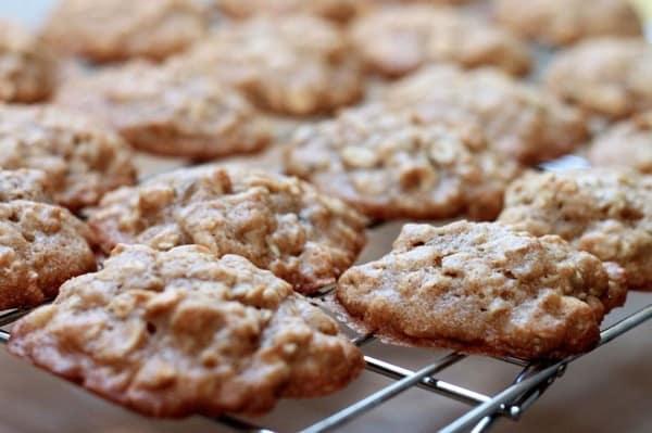 Maple walnut sandwich cookies7