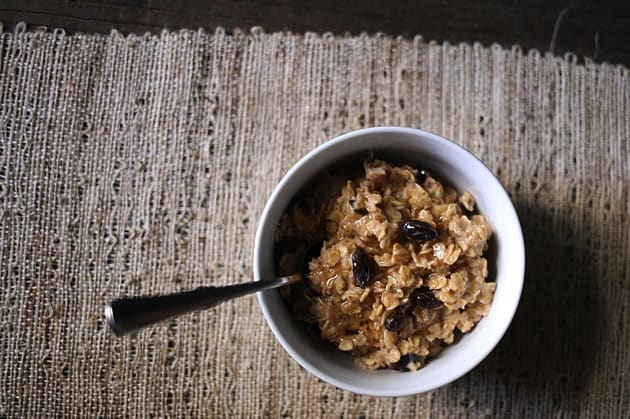Easy Raisin Spice Oatmeal Mix 3