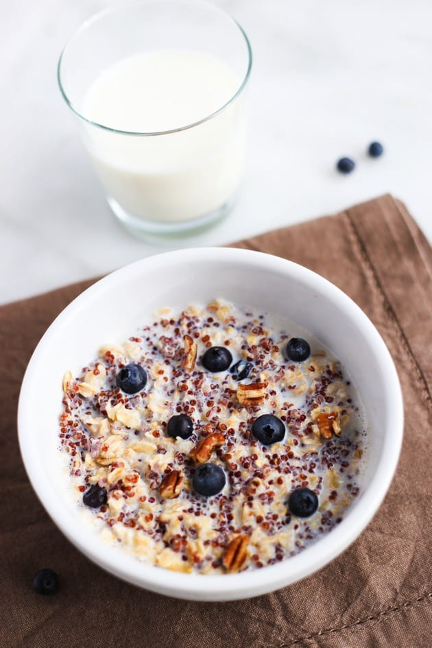 Blueberry Quinoa Oatmeal
